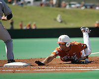 Texas CF Jordan Danks dives back to 1st against Baylor on May 3rd, 2008. Photo by Andrew Woolley / Four Seam Images.