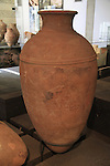 Burial jar from Tel Dan, Middle Bronze age, at the Skirball Museum of Biblical Archaeology in Jerusalem
