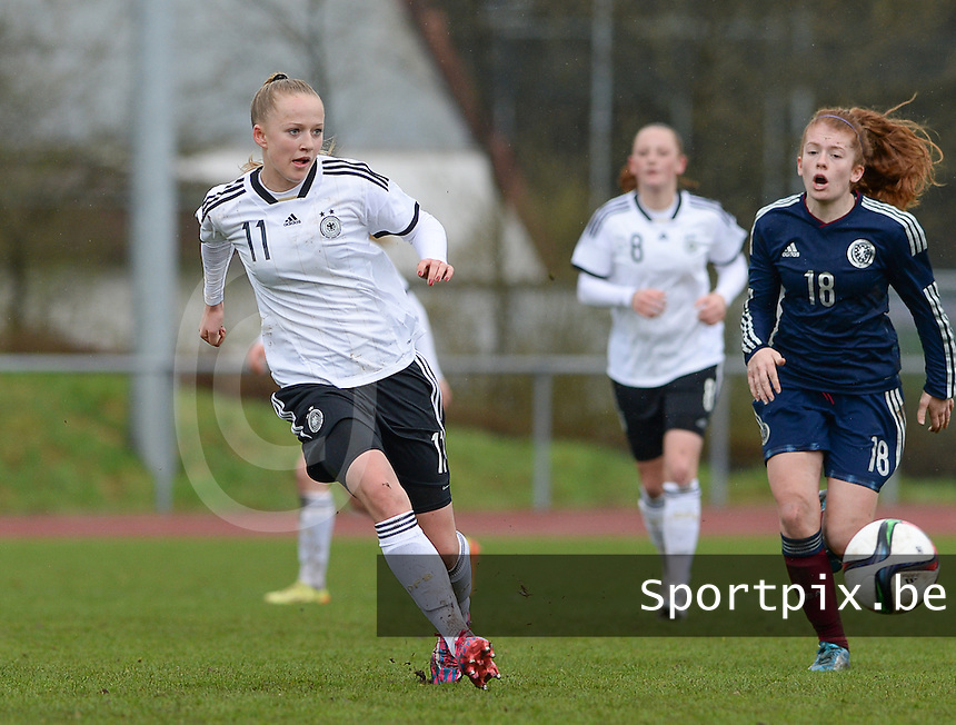 20150404 - FORST , GERMANY  : German Lea Schuller (11) pictured during the soccer match between Women Under 19 teams of Germany and Scotland , on the first matchday in group 5 of the UEFA Elite Round Women Under 19 at WaldseeStadion , Forst , Germany . Saturday 4th April 2015 . PHOTO DAVID CATRY