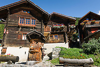 Switzerland, Canton Valais, Ayer VS at Val d'Anniviers: historic houses | Schweiz, Kanton Wallis, Ayer VS im Val d'Anniviers (Eifischtal): historische Haeuser