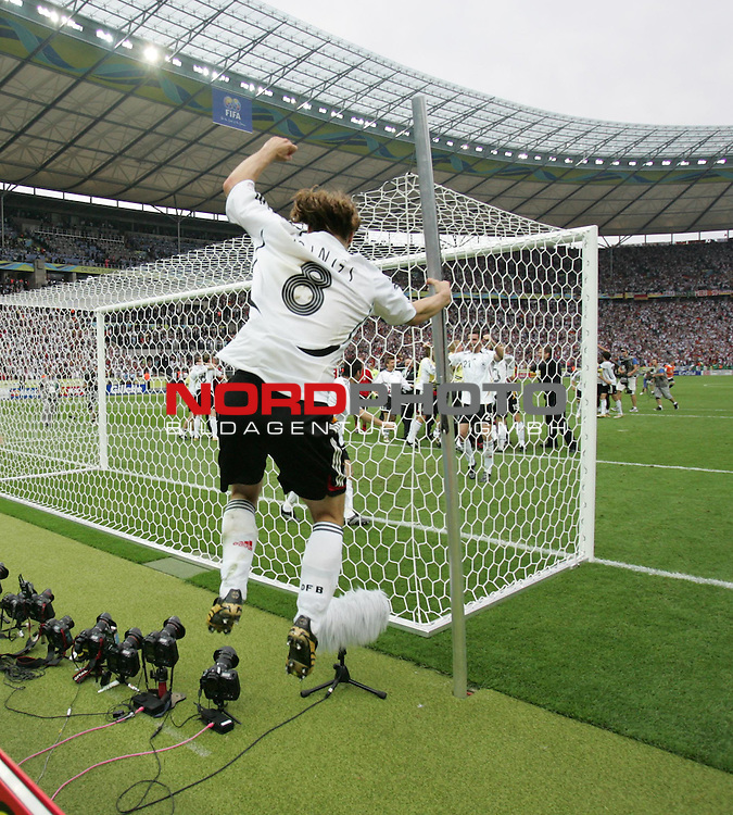 FIFA WM 2006 - Quarter-finals / Viertelfinale<br /> Play #57 (30-Jun) - Germany vs Argentina.<br /> Torsten Frings from Germany celebrates the 5-3 victory after penalty after the match of the World Cup in Berlin.<br /> Foto &copy; nordphoto
