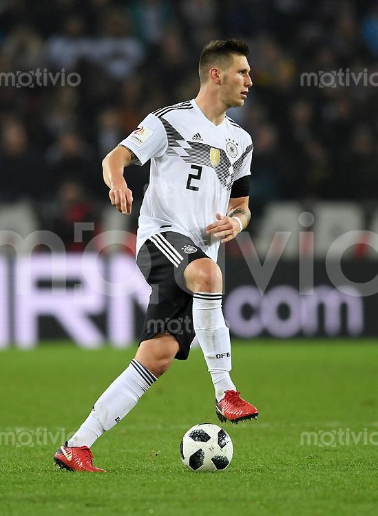 FUSSBALL  INTERNATIONAL TESTSPIEL  IN KOELN   Deutschland - Frankreich        14.11.2017 Niklas Suele  (Deutschland)