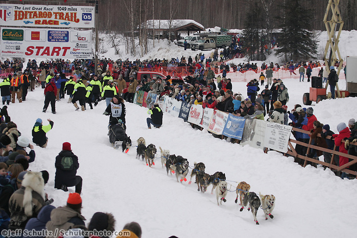 Ed Stielstra leaves the starting line at the Willow Restart.  2005 Iditarod Sled Dog Race