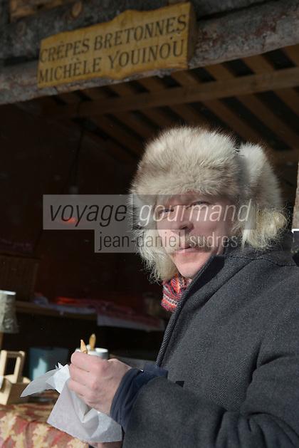 Amérique/Amérique du Nord/Canada/Québec/ Québec: Un immigré breton vend des crèpes sur le marché dans la ville Haute lors du Carnaval de Québec