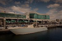 Waterfront dining at Marina Jack, Sarasota, Florida. Photo by Debi PIttman Wilkey.