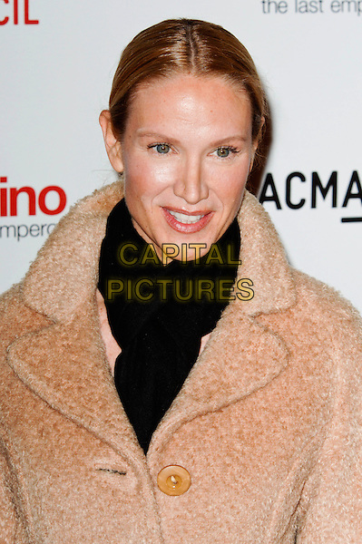 "KELLY LYNCH.The West Coast premiere of ""Valentino: The Last Emperor"" at the Los Angeles County Museum of Art (LACMA), Los Angeles, California, USA..April 1st, 2009.headshot portrait beige brown black scarf .CAP/ROT.©Lee Roth/Roth Stock/Capital Pictures"