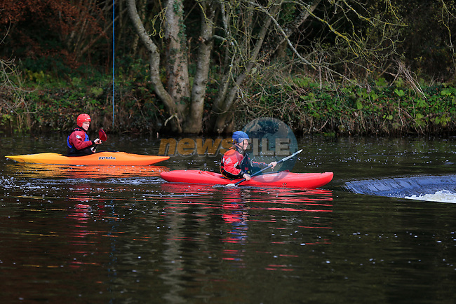 members of the Silver bridge kayak club at stackallen Weir<br /> Picture: Fran Caffrey www.newsfile.ie