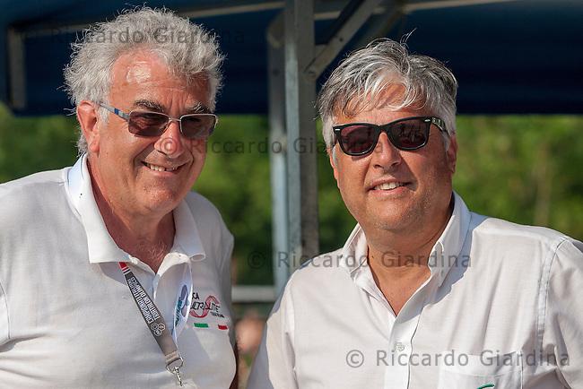 Aldo Zanetti (a sinistra), della società Silca Ultralite, ed il presidente della FITTRI Luigi Bianchi (a destra).