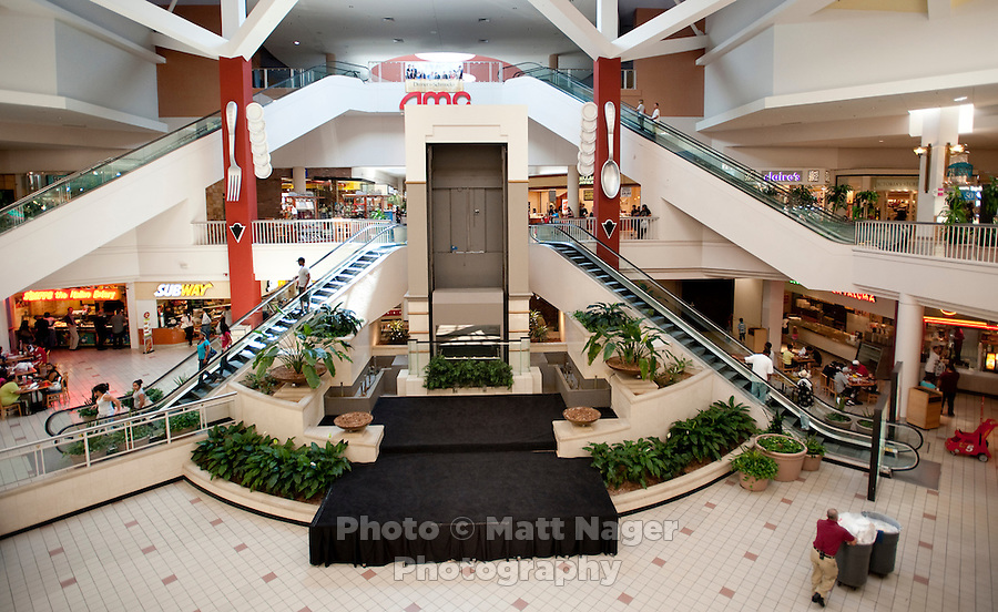 An empty stage sits next to the food court of Valley View Center Mall in Dallas, Texas, Saturday, August 21, 2010. ..MATT NAGER for the Wall Street Journal