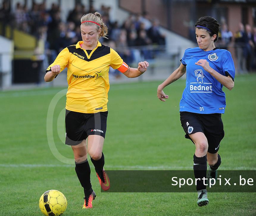 20161029 - ZWEVEZELE , BELGIUM : Zwevezele's Eva Deparck (L) and Club Brugge's Febe Vanhaecke (R)  pictured during a soccer match between the women teams of KSK Zwevezele and Club Brugge  , during the seventh matchday in the 2016-2017  Tweede klasse - Second Division season, Saturday 29 October 2016 . PHOTO SPORTPIX.BE | DIRK VUYLSTEKE