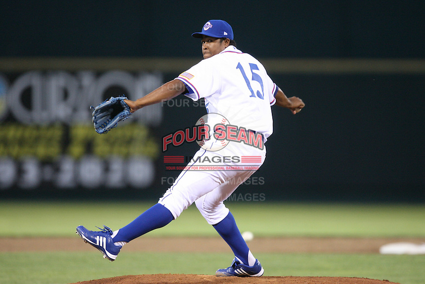 June 2, 2009: Victor Marte (15) of the Omaha Royals at Rosenblatt Stadium in Omaha, NE.  Photo by: Chris Proctor/Four Seam Images