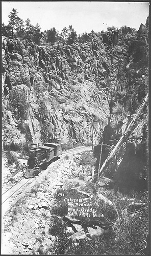 Caboose hop in Box Canyon on Calumet Branch.  [See RD036-080 for another view.]<br /> D&amp;RG  Box Canyon (Calumet Branch), CO  Taken by Erdlen, C. W.