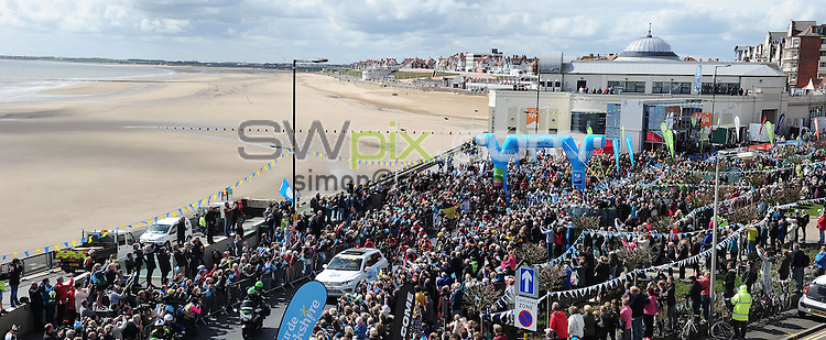 Picture by Simon Wilkinson/SWpix.com - 01/05/2015 - Cycling - 2015 Tour de Yorkshire: Stage 1, Bridlington to Scarborough - The start of Stage 1 in Bridlington.