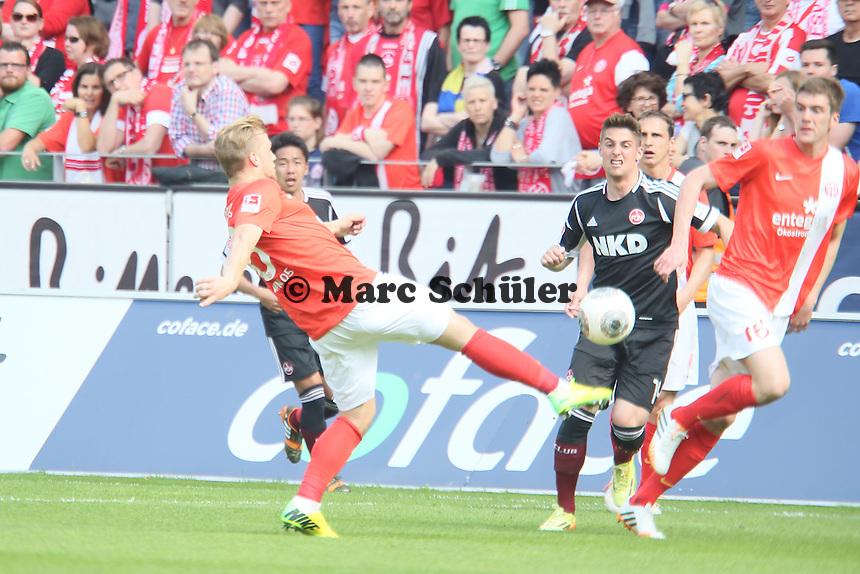 Johannes Geis (Mainz) klaert - 1. FSV Mainz 05 vs. 1. FC Nürnberg, Coface Arena,