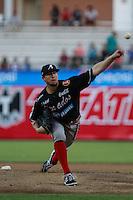 Ryan Hinson pitcher abridor por vanados ,durante el tercer juego de la serie de el partido Naranjeros de Hermosillo vs venados de Mazatlan Sonora en el Estadio Sonora. 10 noviembre 2013.Liga Mexicana del Pacifico (MLP)