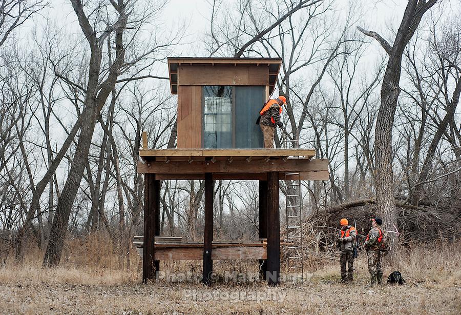 Nebraska huntring trip matthew nager for Hunting hut plans