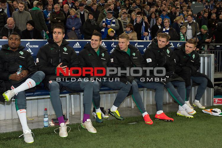 21.02.2015, VELTINS Arena, Gelsenkirchen, Deutschland, GER, 1. FBL, FC Schalke 04 vs. SV Werder Bremen, im Bild v.l. C&eacute;dric Makiadi (Bremen #6)<br /> Koen Casteels (Bremen #20),<br /> Levin &Ouml;ztunali / Oeztunali (Bremen #11)<br /> Janek Sternberg (Bremen #37)<br /> Zlatko Junuzovic (Bremen #16)<br /> Levent Aycicek (Bremen #21)<br /> <br /> Foto &copy; nordphoto / Kurth