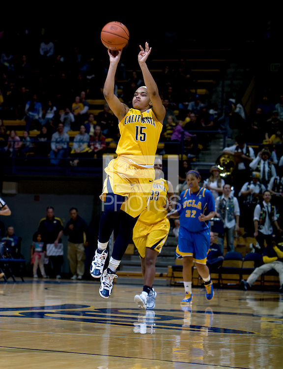 Brittany Boyd of California shoots the ball during the game against UCLA at Haas Pavilion in Berkeley, California on January 20th, 2013.   California defeated UCLA, 70-65.