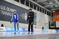 SPEEDSKATING: SALT LAKE CITY: 07-12-2017, Utah Olympic Oval, training ISU World Cup, Hege Bøkko (NOR), Jeremy Wotherspoon (trainer/coach), ©photo Martin de Jong