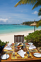 MUS, Mauritius, Poste de Flacq, Belle Mare Plage Resort: Restaurant am Strand | MUS, Mauritius, Poste de Flacq, Belle Mare Plage Resort: restaurant at the beach