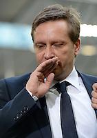 FUSSBALL   1. BUNDESLIGA   SAISON 2012/2013    29. SPIELTAG FC Schalke 04 - Bayer 04 Leverkusen                        13.04.2013 Horst Heldt  (FC Schalke 04) enttaeuscht