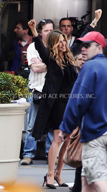WWW.ACEPIXS.COM . . . . .  ....April 27 2009, New York City....Actress Jennifer Aniston was on the Upper East Side set of the new movie 'The Baster' on April 27 2009 in New York City.....Please byline: AJ Sokalner - ACEPIXS.COM..... *** ***..Ace Pictures, Inc:  ..tel: (212) 243 8787..e-mail: info@acepixs.com..web: http://www.acepixs.com
