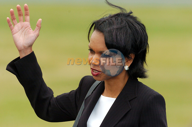 Newmarket-on-Fergus Ireland, US National Security Advisor Condoleezza Rice waves as she arrives at the press conference to be Held with US President George W. Bush and Irish Prime Minister and EU President Bertie Ahern and European Commission President Romano Prodi after the EU US summit at Dromoland Castle 26/06/04.Photo AFP/NEWSFILE/FRAN CAFFREY..(Photo credit should read FRAN CAFFREY/NEWSFILE/AFP)...This Picture has been sent you under the condtions enclosed by:.Newsfile Ltd..the Studio,.Millmount Abbey,.Drogheda,.Co Meath..Ireland..Tel: +353(0)41-9871240.Fax: +353(0)41-9871260.GSM: +353(0)86-2500958.email: pictures@newsfile.ie.www.newsfile.ie.FTP: 193.120.102.198..This picture is from Fran Caffrey@newsfile.ie
