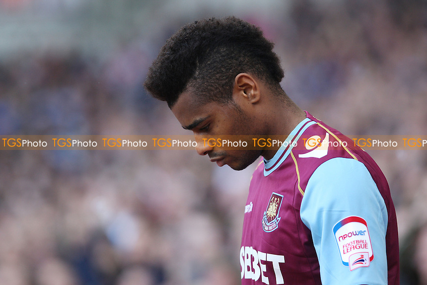 Ricardo Vaz Te of West Ham looking tense before the start of the game - West Ham United vs Cardiff City, npower Championship Play-off Semi-Final 2nd leg at Upton Park, West Ham - 07/05/12 - MANDATORY CREDIT: Rob Newell/TGSPHOTO - Self billing applies where appropriate - 0845 094 6026 - contact@tgsphoto.co.uk - NO UNPAID USE..