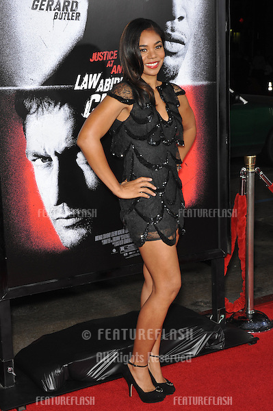 "Regina Hall at the Los Angeles premiere of her new movie ""Law Abiding Citizen"" at Grauman's Chinese Theatre, Hollywood..October 6, 2009  Los Angeles, CA.Picture: Paul Smith / Featureflash"