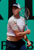 Sam Querrey (USA) (18) against Robby Ginepri (USA) in the first round of the men's singles. Robby Ginepri beat Sam Querrey 4-6 7-6 6-4 6-2..Tennis - French Open - Day 3 - Tue 25 May 2010 - Roland Garros - Paris - France..© FREY - AMN Images, 1st Floor, Barry House, 20-22 Worple Road, London. SW19 4DH - Tel: +44 (0) 208 947 0117 - contact@advantagemedianet.com - www.photoshelter.com/c/amnimages