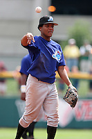 Norfolk Tides Anderson Hernandez during an International League game at Dunn Tire Park on August 6, 2006 in Buffalo, New York.  (Mike Janes/Four Seam Images)