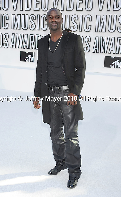 LOS ANGELES, CA. - September 12: Akon arrives at the 2010 MTV Video Music Awards held at Nokia Theatre L.A. Live on September 12, 2010 in Los Angeles, California.