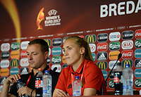 20170719 - BREDA , NETHERLANDS :  Belgian Janice Cayman (r)  pictured with head coach Ives Serneels (left) during a press conference of the Belgian national women's soccer team Red Flames, on Wednesday 19 July 2017 at stadion Rat Verlegh in Breda on matchday -1 . The Red Flames are at the Women's European Championship 2017 in the Netherlands. PHOTO SPORTPIX.BE | DAVID CATRY