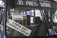 GUARULHOS, SP, 28.12.2014 – AUMENTO DA TARIFA DE ONIBUS EM GUARULHOS: A partir de hoje a tarifa de onibus que era de R$ 3,00 passa a ser de R$ 3,50 na cidade de Guarulhos na grande São Paulo neste domingo (28). (Foto: Marcos Moraes / Brazil Photo Press).
