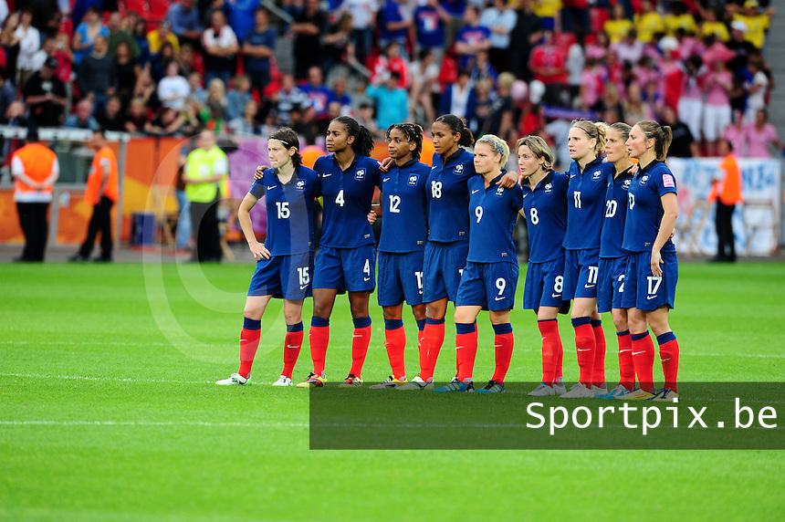 Fifa Women's World Cup Germany 2011 : England - France - at Leverkusen : spanning bij het franse team bij de penaltyreeks.foto DAVID CATRY / Vrouwenteam.be