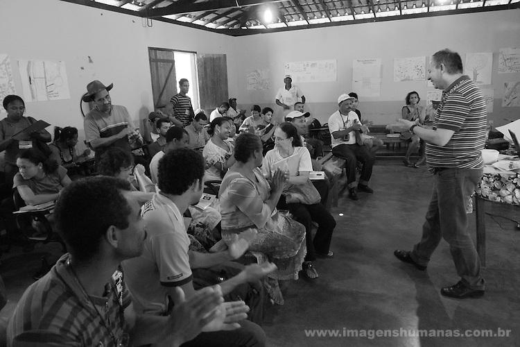 Seminário sobre direitos dos povos e comunidades tradicionais  na chácara do CenTro de Agricultura Alternativa, CAA ,  em Montes Claros, Norte de Minas Gerais ministrado pelo antropólogo Aderval Costa Filho