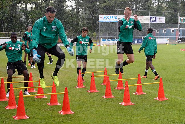 NORG - Voetbal, Trainingskamp FC Groningen, voorbereiding seizoen 2018-2019, 10-07-2018,  FC Groningen doelman Kevin Begois en Gerald Postma