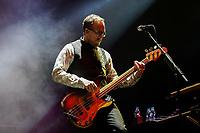 SÃO PAULO, SP 26.09.2019: WEEZER-SP - A banda californiana, Weezer, formada por Rivers Cuomo (vocal e guitarra), Patrick Wilson (bateria), Brian Bell (guitarra) e Scott Schriner (baixo), se apresentou na noite desta quinta-feira (26) no Ginásio Ibirapuera, zona sul da capital paulista. O show faz parte do festival Itaipava de Som a Sol. No sábado, dia 28, a banda se apresenta no palco Mundo do Rock in Rio. (Foto: Ale Frata/Código19)