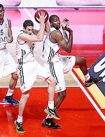 Real Madrid's Jaycee Carroll and Marcus Slaughter (r) during Euroleague 2012/2013 match.January 31,2013. (ALTERPHOTOS/Acero)