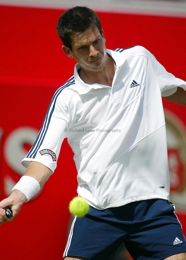 Photograph: Scott Heavey..Day 2 of the Stella Artois Championship at the Queens Club. 10/06/2003..Tim Henman