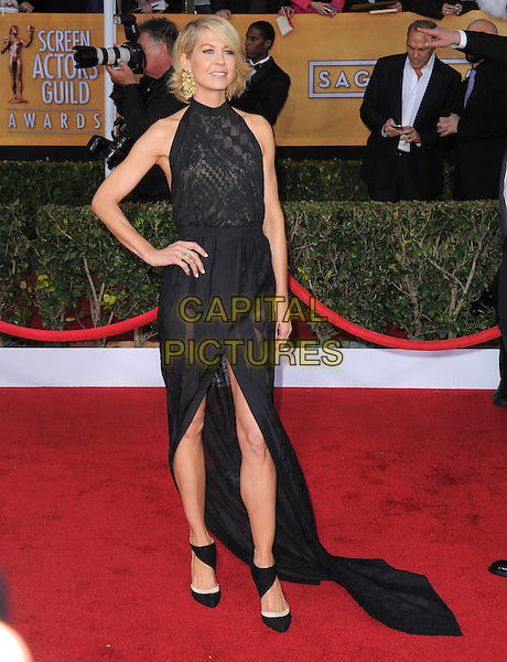 Jenna Elfman.Arrivals at the 19th Annual Screen Actors Guild Awards at the Shrine Auditorium in Los Angeles, California, USA..27th January 2013.SAG SAGs full length dress black sleeveless hand on hip lace wrap.CAP/DVS.©DVS/Capital Pictures.