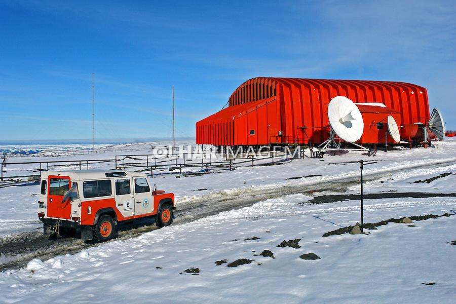 Base de argentinos na Antartida. 2006. Foto de Caio Vilela.