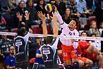 29.10.2017, Arena Kreis Dueren, Dueren<br />Volleyball, Bundesliga MŠnner / Maenner, Normalrunde, SWD powervolleys DŸren / Dueren vs. United Volleys RheinMain<br /><br />Block / Doppelblock Romans Sauss (#7 Dueren), Tim Broshog (#3 Dueren) - Angriff Issei Otake (#12 RheinMain)<br /><br />  Foto &copy; nordphoto / Kurth