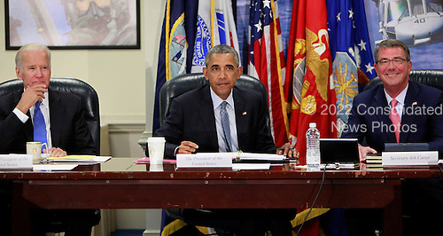 United States President Barack Obama chairs a meeting at the Pentagon of the National Security Council and receives an update from his national security team on the campaign to degrade and destroy the ISIL terrorist group.(left to right: Vice President Joseph Biden, President Barack Obama, Secretary of Defense Ashton Carter.<br /> Credit: Dennis Brack / Pool via CNP