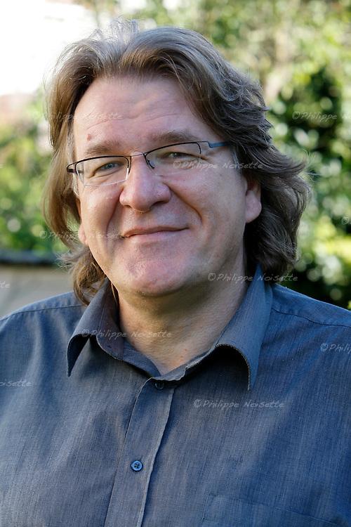 20070918 - France - Bourgogne - Auxerre<br /> JEAN-FRANCOIS DORTIER, REDACTEUR EN CHEF DU MAGAZINE &quot;SCIENCES HUMAINES&quot;.<br /> Ref : JEAN-FRANCOIS_DORTIER_008.jpg - &copy; Philippe Noisette.