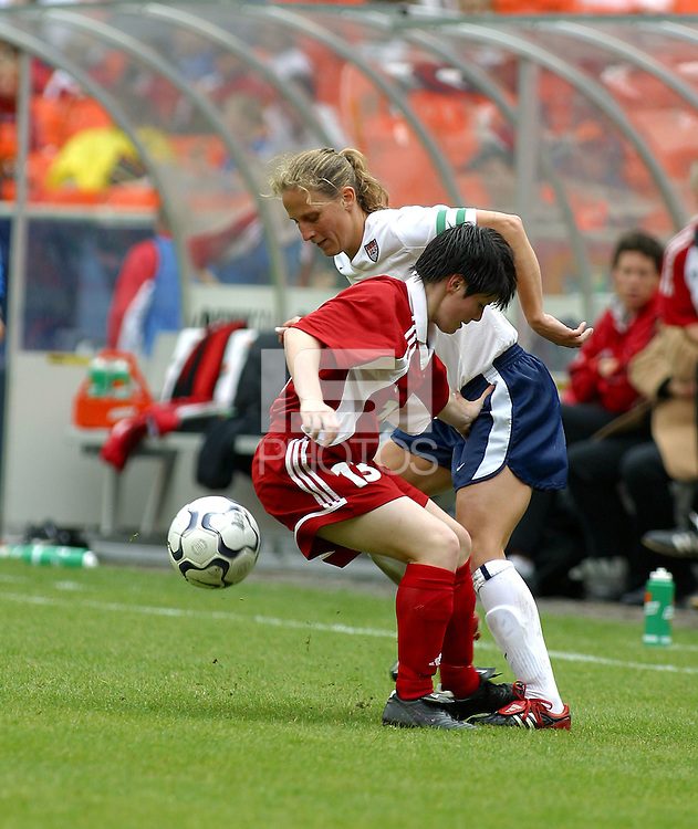 Kristine Lilly , USWNT vs Canada April 26, 2003.