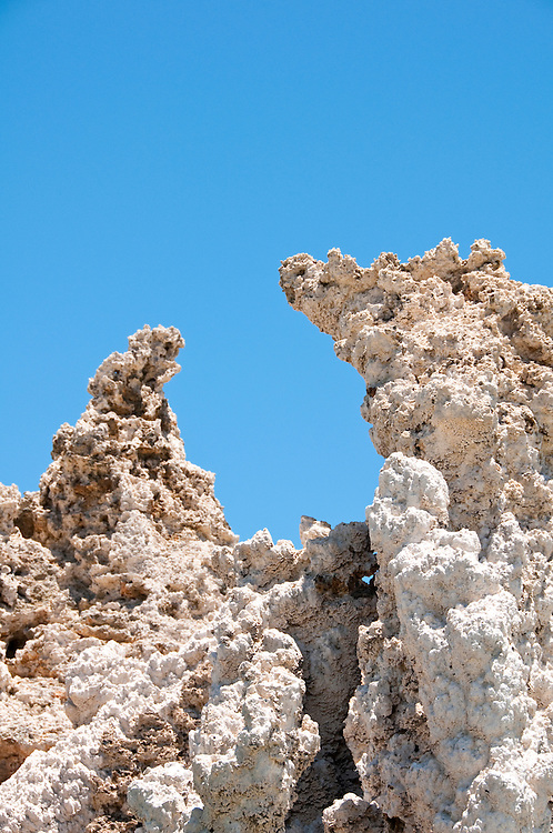 tufas, Mono Lake; Mono Basin National Forest Scenic Area, California, USA.  Photo copyright Lee Foster.  Photo # california120966