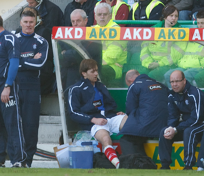 Sasa Papac gets treatment on the bench from doctor Paul Jackson