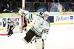 Stockholm 2014-03-21 Ishockey Kvalserien AIK - R&ouml;gle BK :  <br /> R&ouml;gles Kevin Lindskoug jublar efter att r&auml;ddat den avg&ouml;rande straffen av AIK:s Michael Nylander <br /> (Foto: Kenta J&ouml;nsson) Nyckelord:  jubel gl&auml;dje lycka glad happy