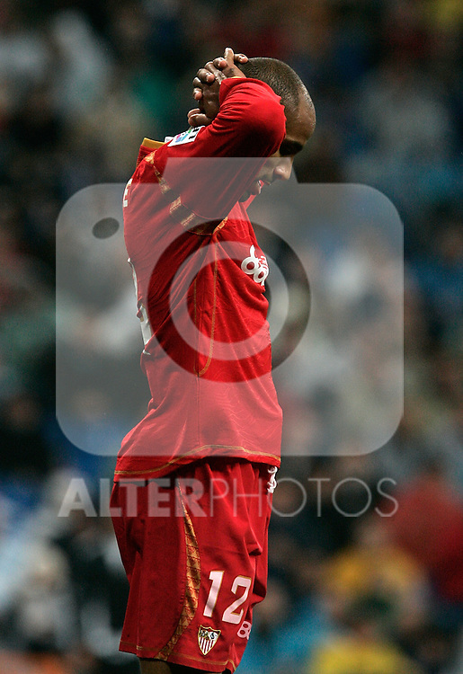 Sevilla's frederic Kanoute dejected during La Liga match, December 07, 2008. (ALTERPHOTOS/Alvaro Hernandez).